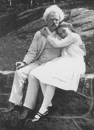 Файл:Mark Twain and Dorothy Quick.JPG