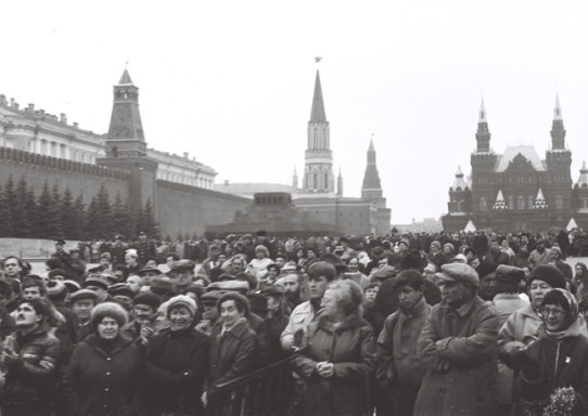 Proto-Russian-March-1989-Red-Square-After-Breakthrough.jpeg