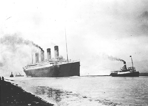Файл:RMS Titanic sea trials April 2, 1912.jpg