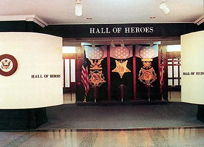 Файл:Pentagon Hall of Heroes.jpg