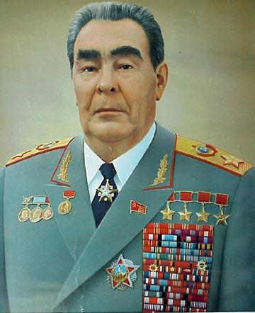 Файл:Leonid Brezhnev as Marshal.png