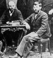 https://traditio.wiki/files/thumb/b/b5/Lenin_Martov.jpg/220px-Lenin_Martov.jpg