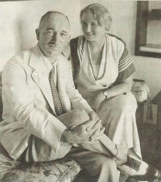Файл:Edvard Benes with his wife in 1934.jpg