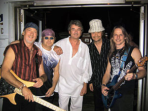 Deep Purple in 2004.jpg